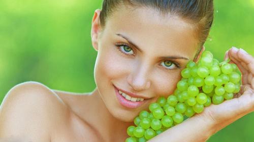 есть зеленый виноград