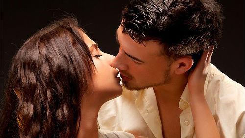 поцелуй в губы с незнакомцем