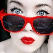Девушка очках