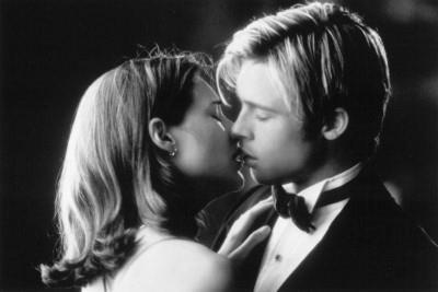 К чему сниться поцелуй актера фото