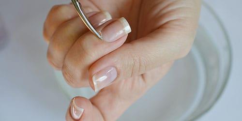 к чему снятся сломанные ногти