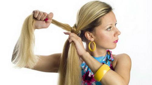 заплетать волосы себе самой