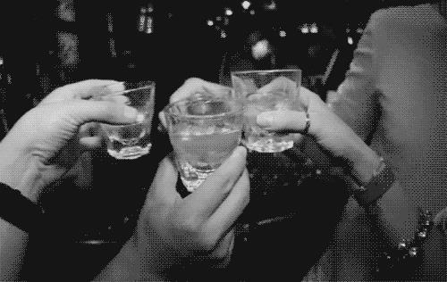 сонник пить водку
