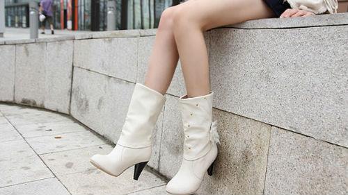 обувь на высоких каблуках