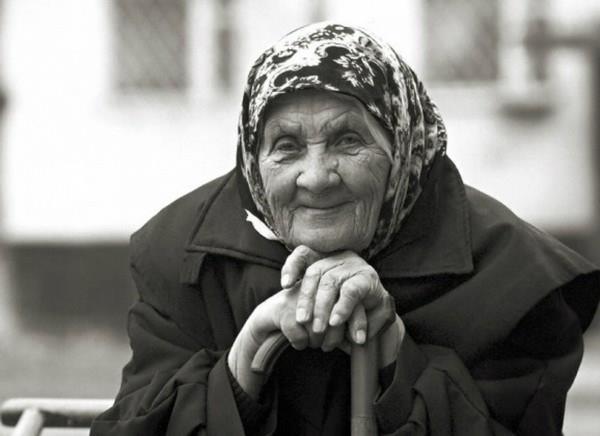 К чему сниться живая бабушка в гробу фото
