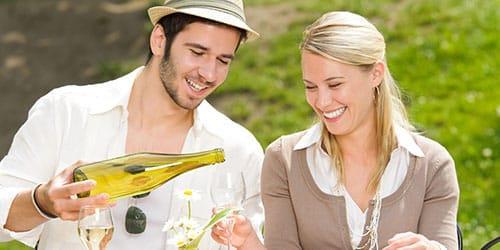 к чему снится дегустировать белое вино
