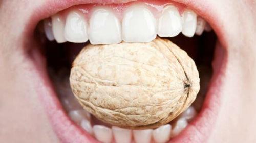 зуб шатается во сне