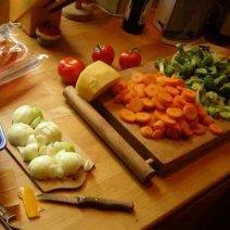Узнайте, к чему снится готовить еду!