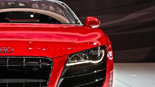 купить новую красную машину