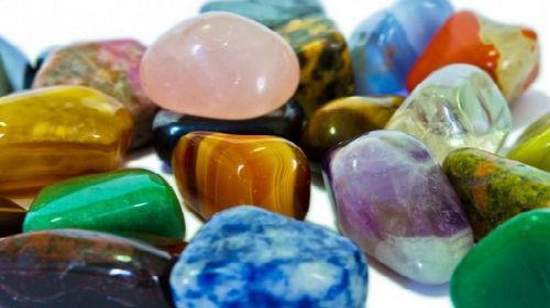 цветные камни во сне