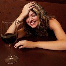 К чему снится быть пьяной: варианты толкования образов