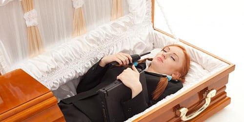 видеть во сне гроб с покойником без крышки