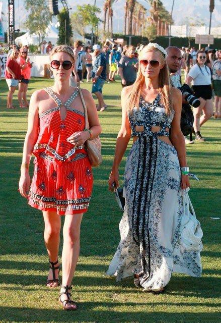 Сестры Хилтон в платьях в стиле Бохо