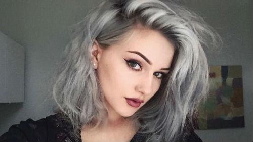 крашеные волосы седые