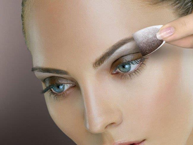 К чему снится макияж глаз фото