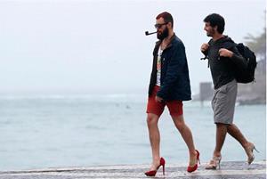 Мужчины на каблуках