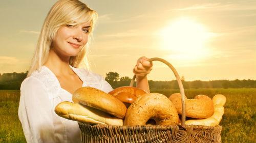 поделиться хлебом