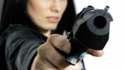 убивать из пистолета