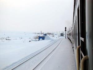 Зима в окне поезда