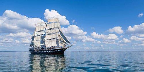 видеть корабль в море во сне