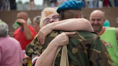 провожать сына в армию
