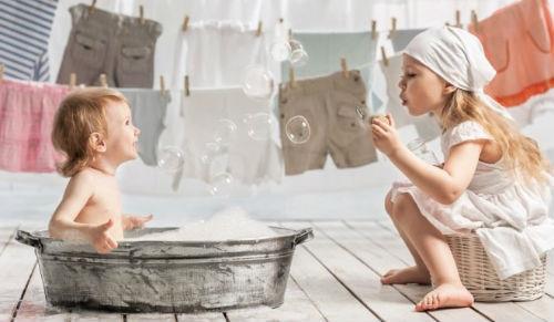 к чему снится стирать детские вещи