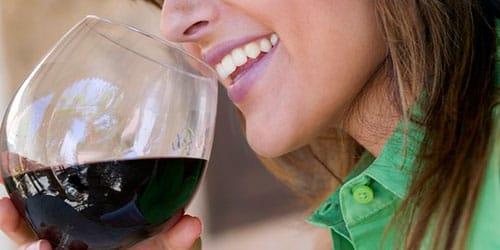 сонник пить вино красное
