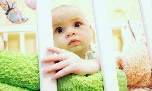 К чему снится целовать ножки младенца фото