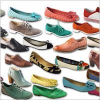 К чему снится обувать разную обувь фото