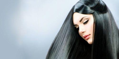 длинные черные волосы у девушки
