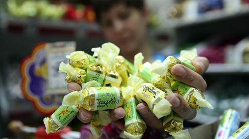 к чему снится покупать конфеты