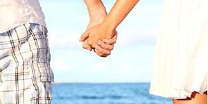 Держаться за руки с мужчиной