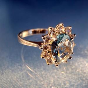 К чему снится найти кольцо в воде фото