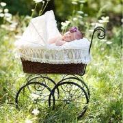 Колясочка с малышом