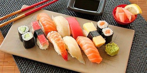 кушать суши во сне