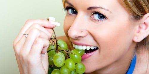 есть виноград во сне