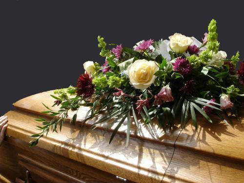 К чему снятся мертвые цветы фото