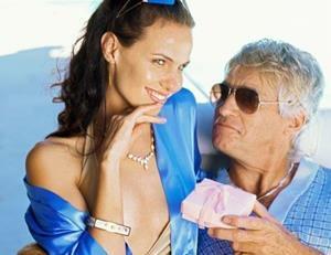 Отношения с мужчиной старше