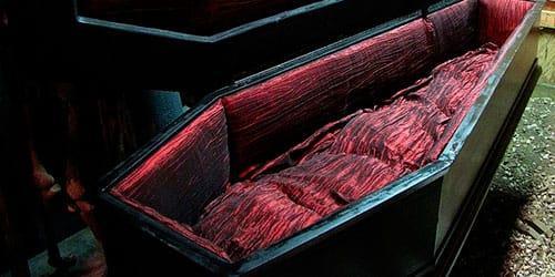 видеть черный гроб во сне
