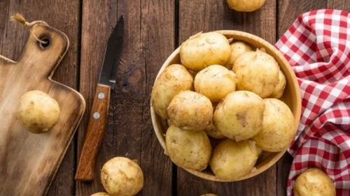 К чему снится сажала картошку 488