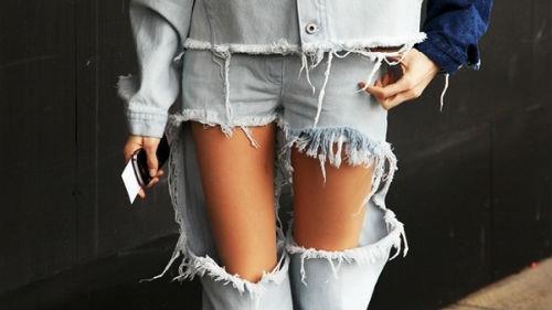 к чему снятся порванные штаны