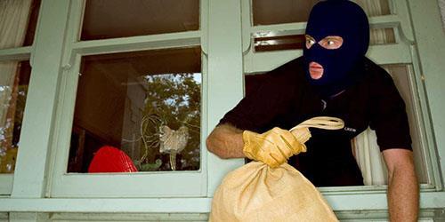 к чему снится что ограбили квартиру