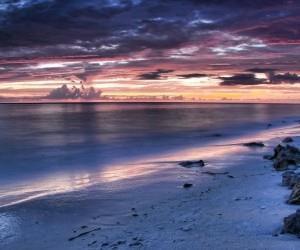 Романтичный ночной пляж