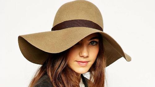 примерять шляпу