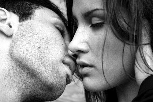 если приснился поцелуй с незнакомым мужчиной