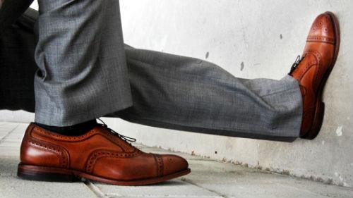 мужская коричневая обувь