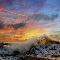 К чему снится шторм в море: значение сна