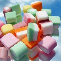Приснились сладости: что это значит?