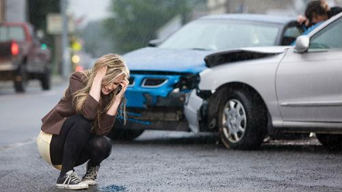 разбить свою машину