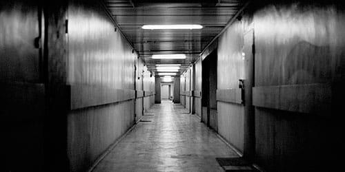 сонник коридор